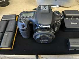 brand new Canon Eos 90D sealed full kits