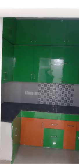 2 bhk semi furnished flat available in 10k
