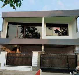 Di jual rumah di jalan Moh Kahfi Jagakarsa Jakarta Selatan