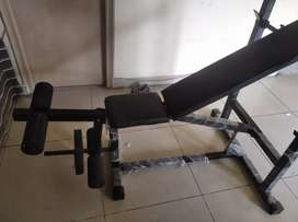 Gym bench less used for 3000 rs..