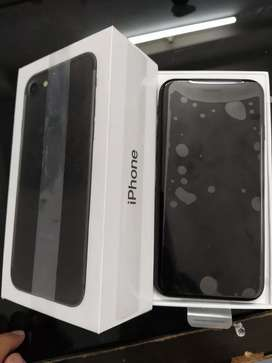 I am selling new iphone 7 32gb original 6 month  sellers warranty