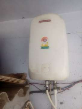 Racold 20lt storeg water heater