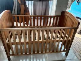 Box bayi mothercare side sliding