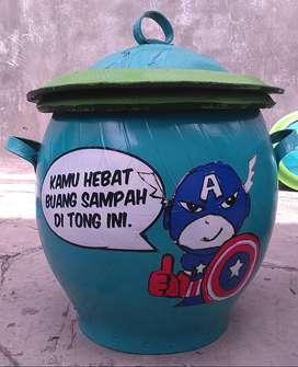 Tempat sampah dengan motif lucu   Tong sampah bentuk unik