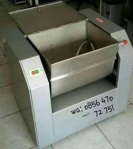 Getra Dough Mixer Horisontal Mesin Pengaduk Adonan Mie Roti kue WHB15