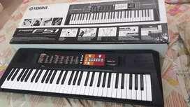 Yamaha   keyboard PSRF51