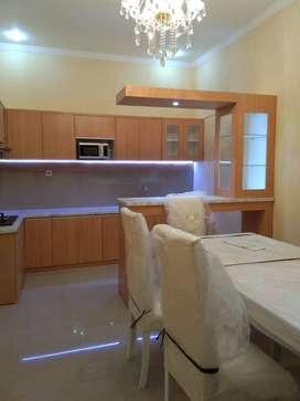 interior Minimalist Kitchenset minibar sekat ruangan meja tv partisi V