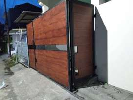 Pagar woodplank kombinasi wiremesh