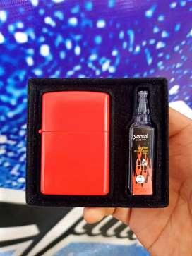 Korek api Zippo set minyak merah