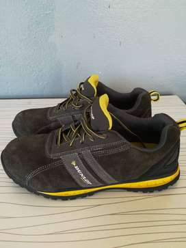 Trainer safety shoes size 9.5