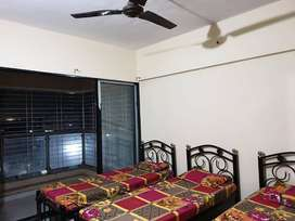 ZERO BROKERAGE *Girls PG Accommodation in Kurla West near Phoenix Mall