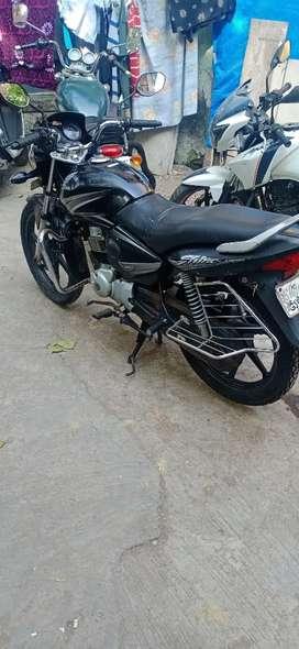 Good condition bike and GJ 05 SURAT GUJRAT PASSING