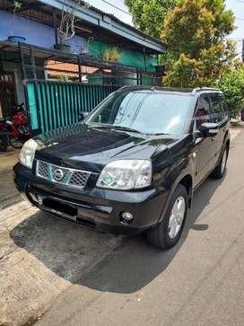 Nissan Xtrail 2007 Hitam ( Istimewa )