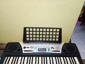 Keyboard yamaha 170