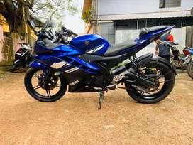 Yamha R15 - Racing blue