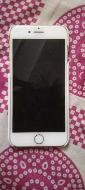 iPhone 7 32 GB good condition with charger