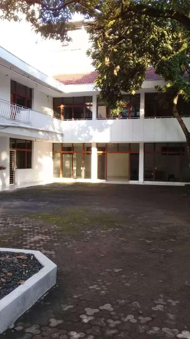 Ruangan Kantor Disewakan Strategis Jalan Sunda Bandung 0
