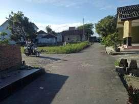 Tepi Jalan Aspal Tanah Dijual di Prambanan SHM Pecah per Unit