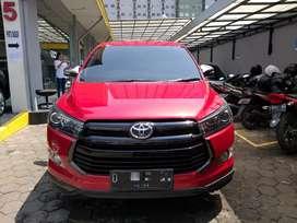 Tolyota Kijang Innova Reborn Venturer 2.4 diesel AT 2017 Plat D km17
