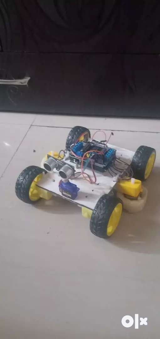 Arabian obstacles avoiding robot with 12 volt adaptor 0