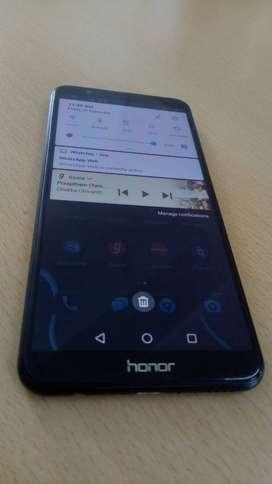 Huawei Honor 7x Black   4GB RAM   32GB ROM   @Rs 4900 /-