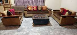 6 Seater Sofa Set With Multiple Cusions