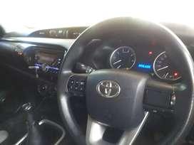 Toyota Hilux G putih.pemakaian 2016 nik 2015 pribadi bukan x