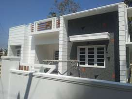 thrissur anchery 6 cent posh grand villa