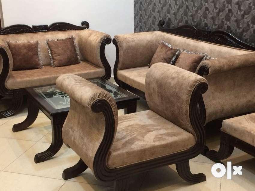 Newly Built Sofa 0