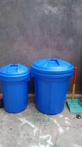 Tong sampah untuk fasilitas lingkungan