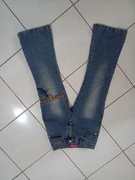 Celana fashion jeans