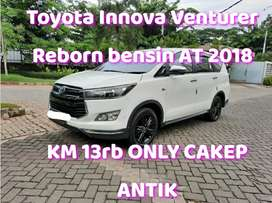 TERMURAH Toyota Innova Venturer Reborn bensin AT 2019 nik 2018 Putih