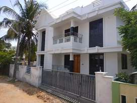 Ollur/ New House/ 1600 Sq ft/ 4 Cents/ 53 Lakhs/ Negotiable