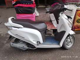 Urgently sell my scooty