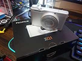 Dijual Kamera Pocket Merk Fujifilm XQ1 - (edisi salah beli)