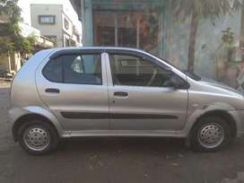 Tata Indica v2 in good condition in silver color... 4 new tayers