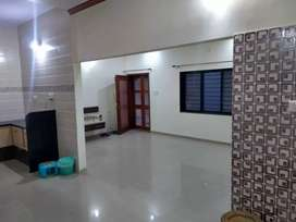Available 2 bhk flat for rent at manjalpur