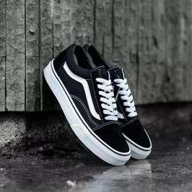Sepatu Vans OldSkool BW Original BNIB