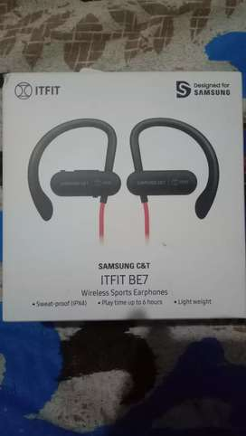 Bluetooth earphone Samsung company