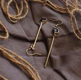 Iva Earring by Cenik