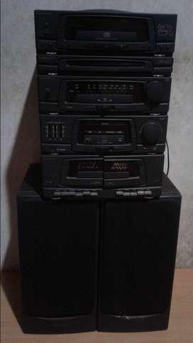 Cd dan radio, kaset speker lengkap ampli merk tobisonik