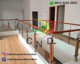 Railing tangga kaca stainless pagar tangga balkon kaca tempered