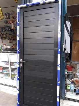 Pintu aluminium dobel panel merk alexindo HRG TERPASANG  210cm x 90cm
