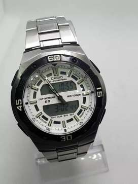 CASIO ILLUMINATOR QUARTZ WATCH