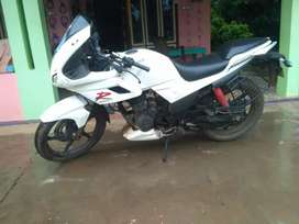 white color karizma 223cc