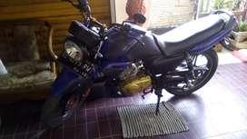 Motor suzuki thunder 2006