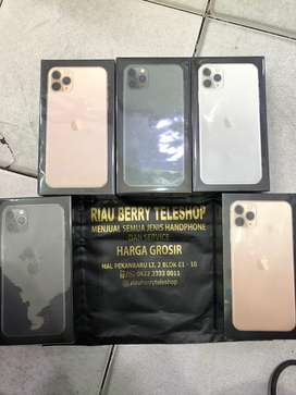 Iphone 11 pro max 256gb new garansi 1 tahun
