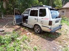 Mobil Toyota kijang kapsul thn 2000 Bln 9 Pakaian pribadi