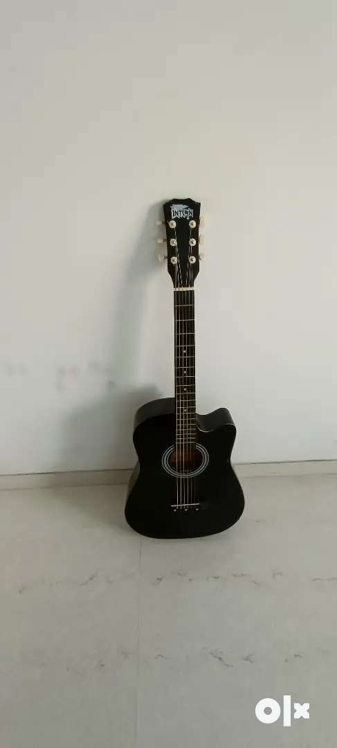 Acostic guitar with good condition