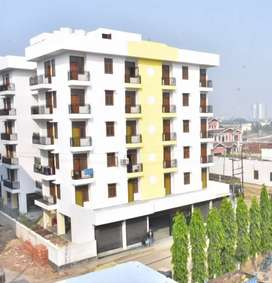 An excellent 3bkh apartment available for rent, near pari chowk